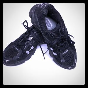 Black under Armour sneakers